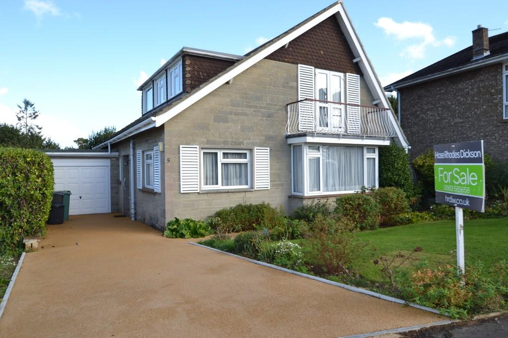 4 Bedrooms Detached Bungalow for sale in Westfield Park, Ryde