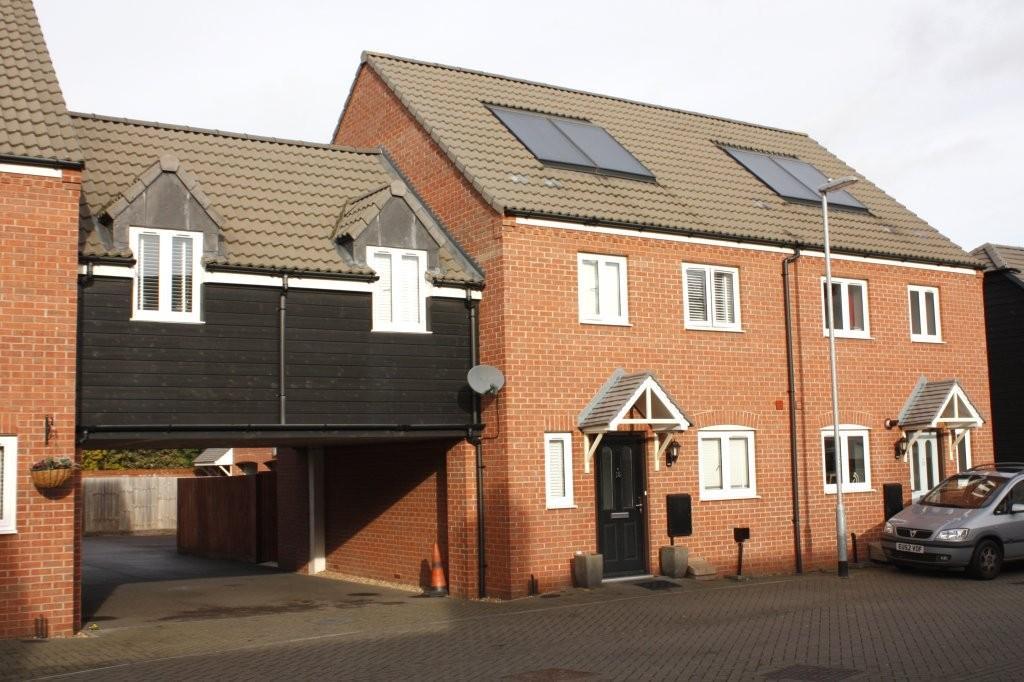 3 Bedrooms Terraced House for sale in Warren Farm, Willington