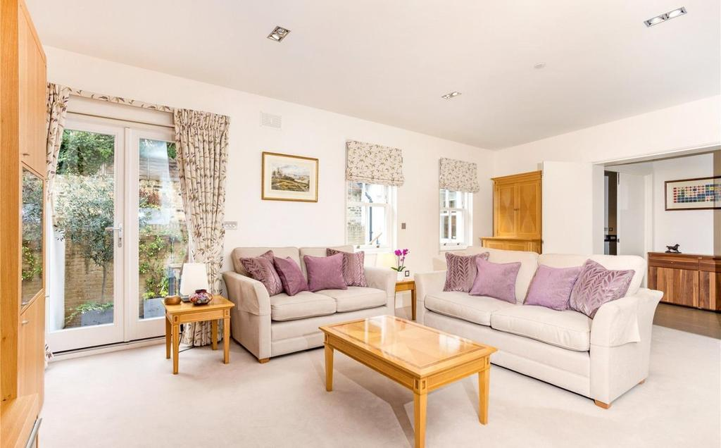 4 Bedrooms Mews House for sale in Beechmore Road, London, SW11