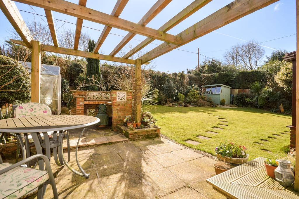 3 Bedrooms Detached Bungalow for sale in Challock, TN25