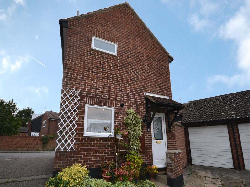3 Bedrooms Detached House for sale in Alsa Leys, Elsenham, Bishop's Stortford, Hertfordshire, CM22