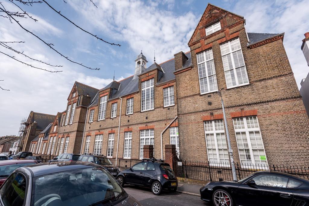 2 Bedrooms Maisonette Flat for sale in Hanover Lofts, BRIGHTON, BN2