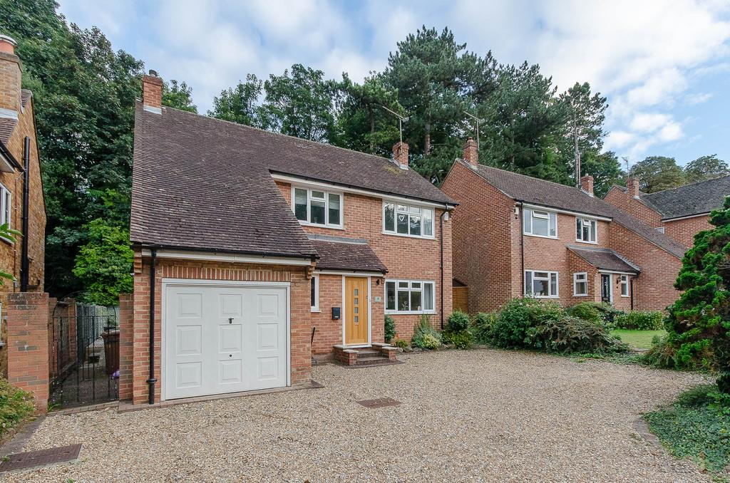 4 Bedrooms Detached House for sale in Trapham Road, Maidstone, Kent