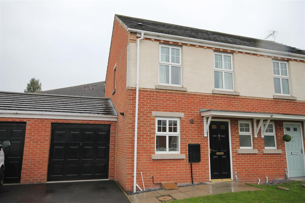 2 Bedrooms Semi Detached House for sale in Moorfield Close, Darlington