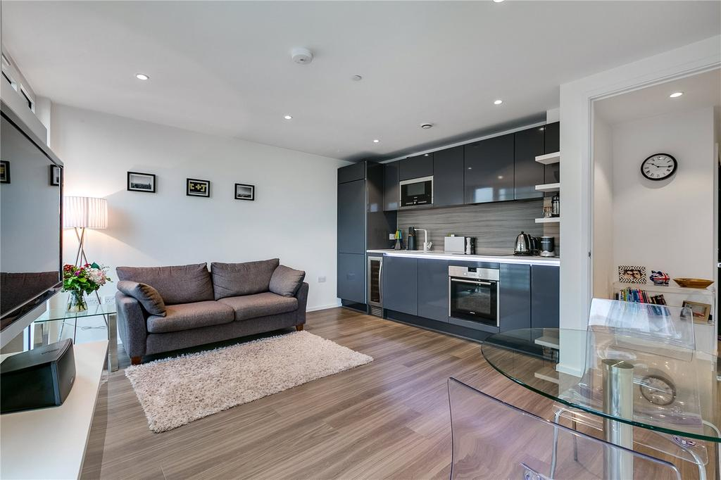 1 Bedroom Flat for sale in Buckhold Road, Wandsworth, London