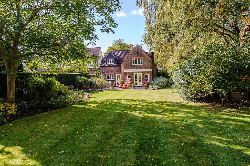4 Bedrooms Detached House for sale in Sedley Taylor Road, Cambridge