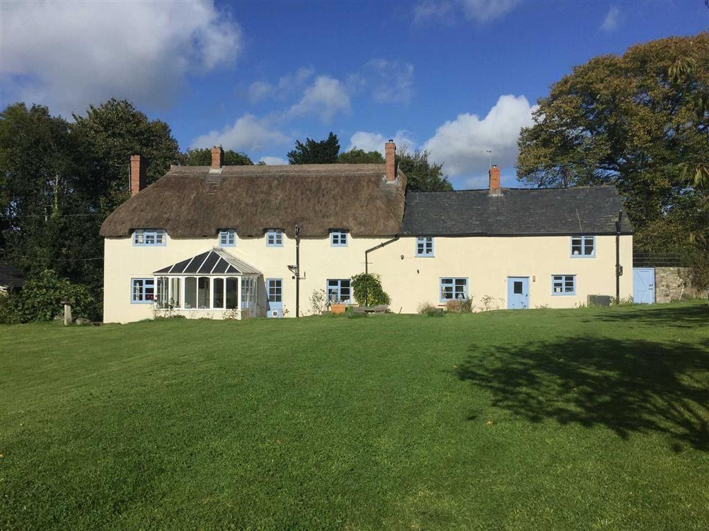 4 Bedrooms Detached House for sale in Holditch, Somerset, TA20