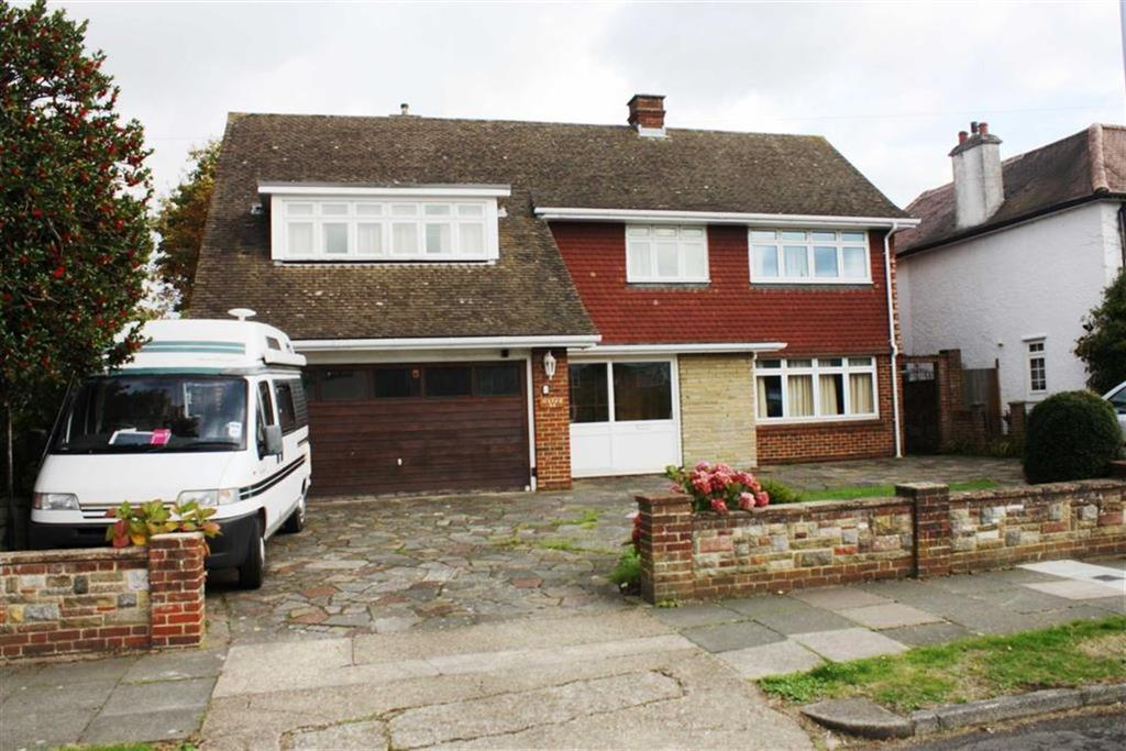 4 Bedrooms Detached House for sale in St Georges Road, Petts Wood East