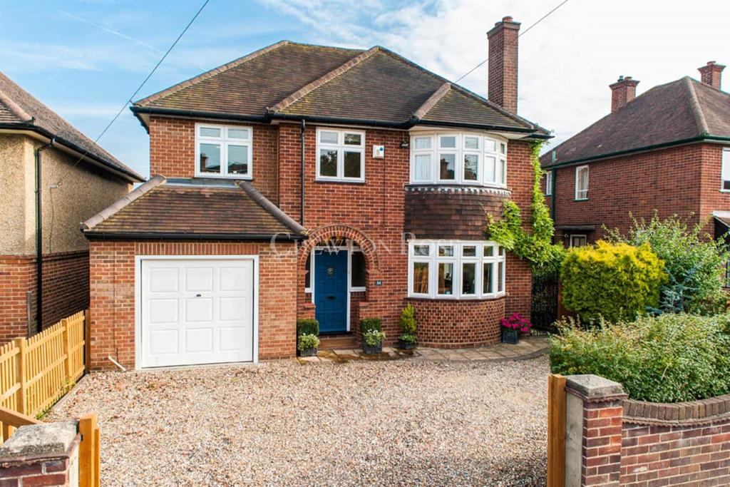 5 Bedrooms Detached House for sale in Maidenhead, Berkshire