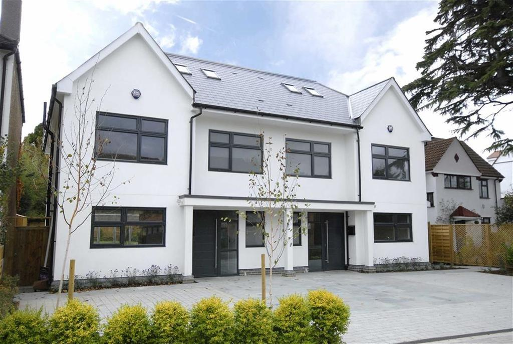 4 Bedrooms Semi Detached House for sale in Beckenham Road, West Wickham, Kent
