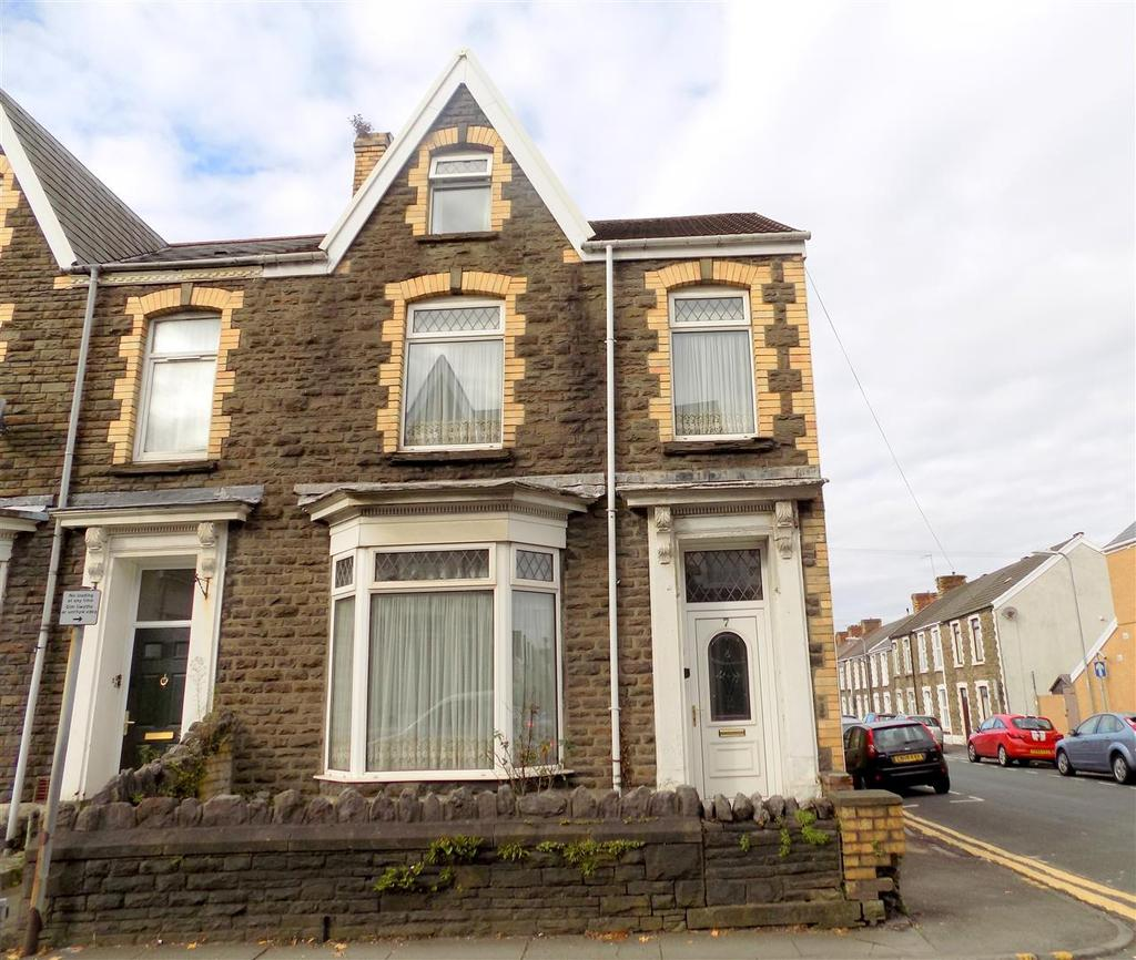 4 Bedrooms House for sale in Victoria Gardens, Neath