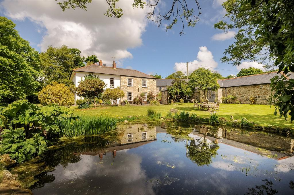 5 Bedrooms House for sale in Lower Treluswell Farm, Lower Treluswell, Cornwall, TR10