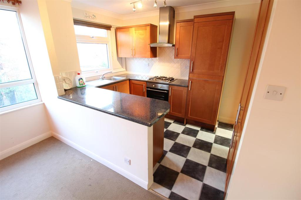 4 Bedrooms Terraced House for sale in Sackville Street, Grimsby