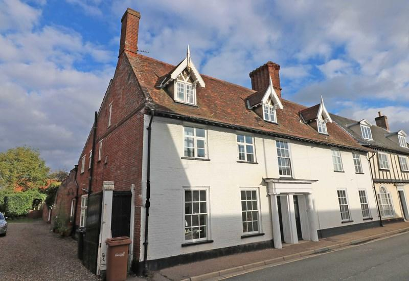 3 Bedrooms End Of Terrace House for sale in Cock Street, Wymondham