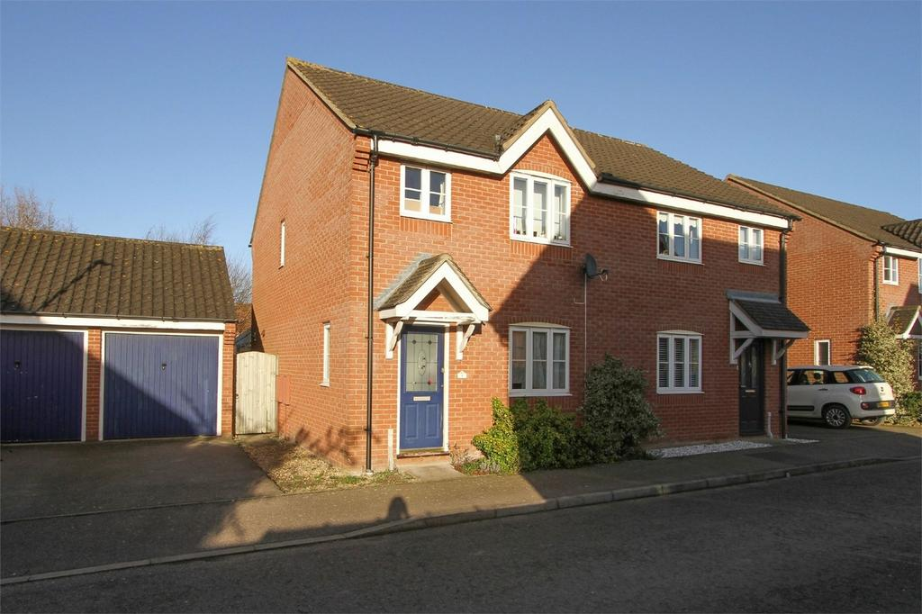 3 Bedrooms Semi Detached House for sale in Meadow Brown Way, Wymondham, Norfolk