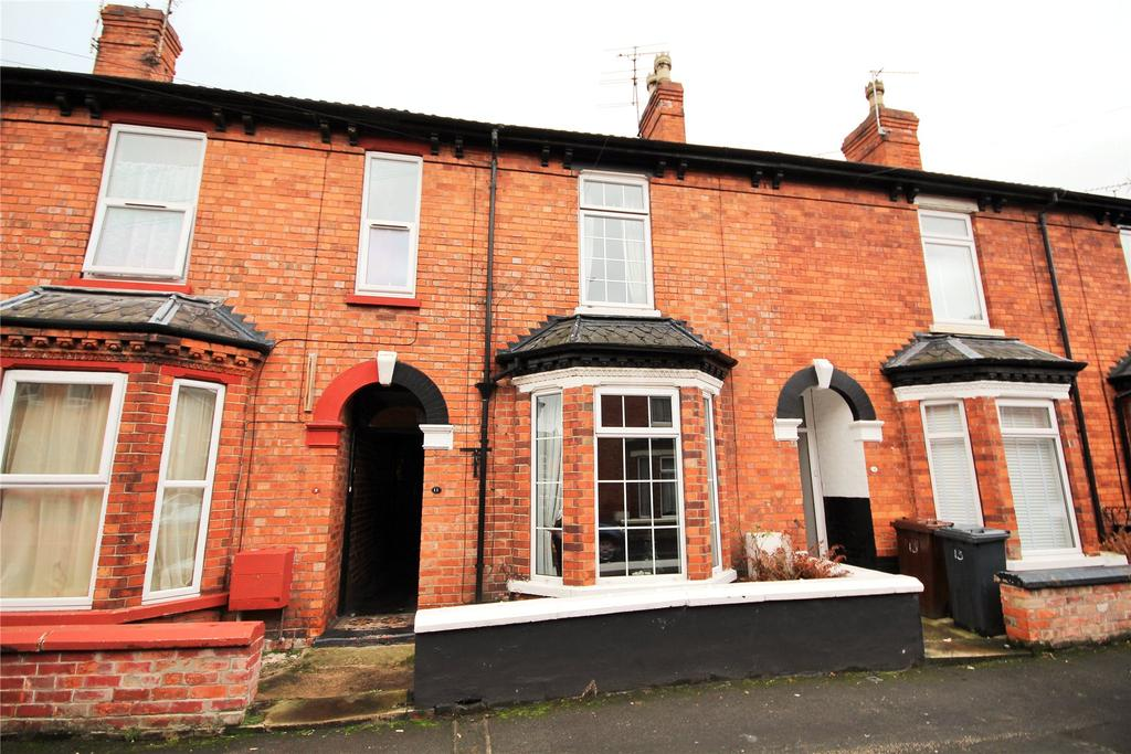3 Bedrooms Terraced House for sale in Prior Street, Lincoln, LN5