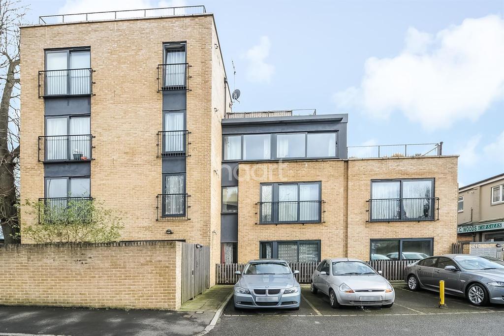 1 Bedroom Flat for sale in Bath Road, Hounslow