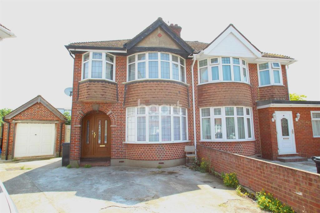 3 Bedrooms Semi Detached House for sale in Bowness Drive
