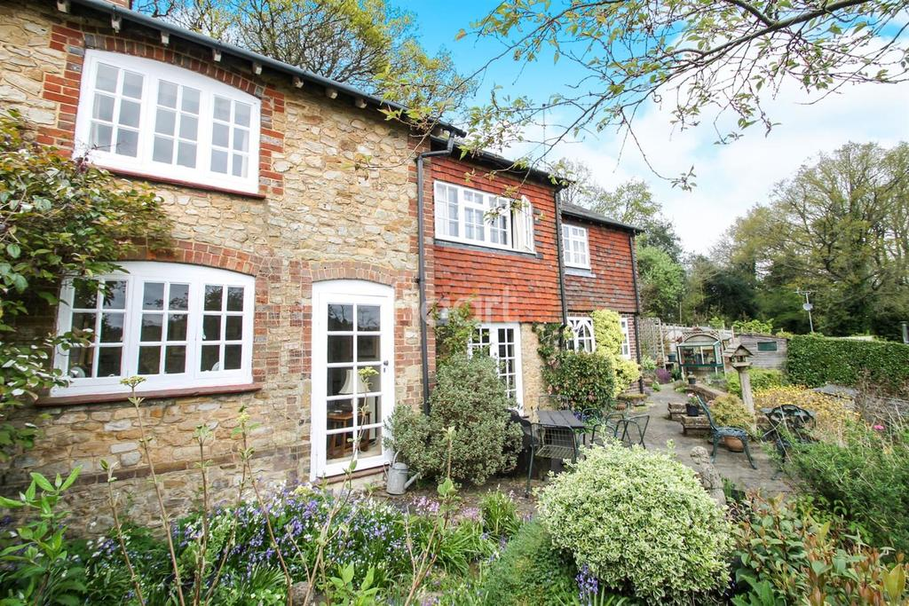 3 Bedrooms Cottage House for sale in Hammer Lane, Grayshott / Churt