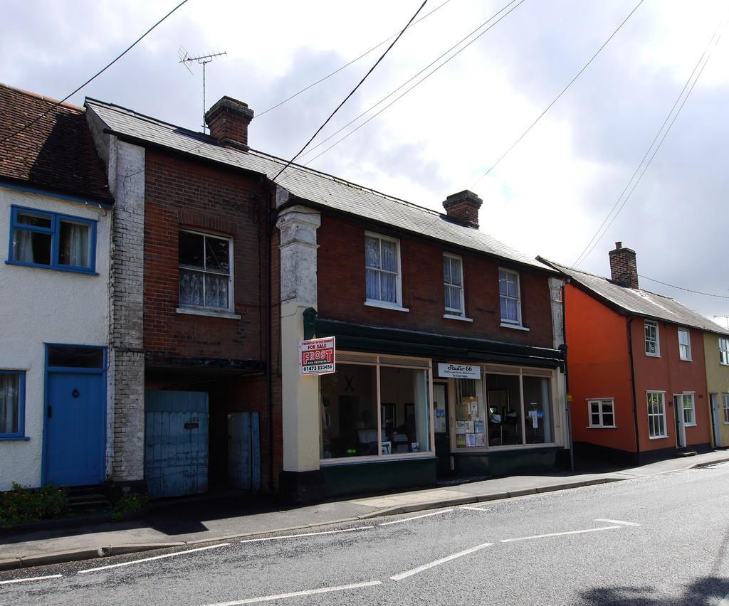 2 Bedrooms Flat for sale in High Street, Bildeston, Ipswich, Suffolk, IP7 7EA