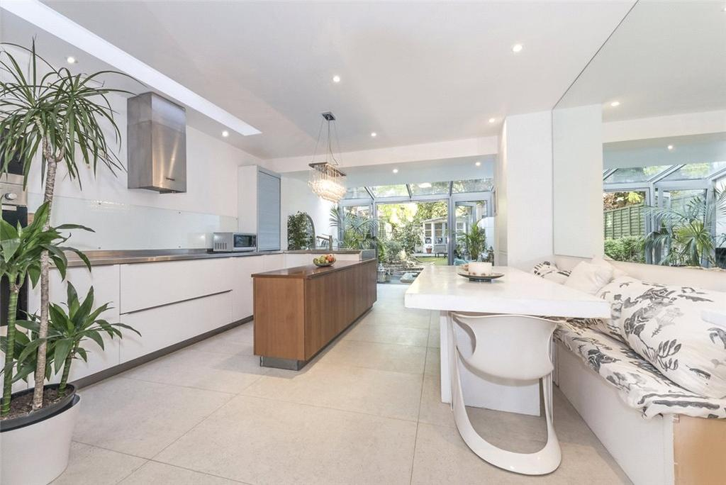 4 Bedrooms Terraced House for sale in Battersea Church Road, London, SW11