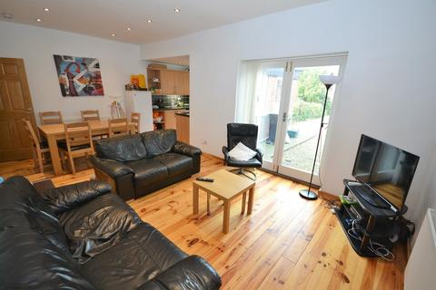 6 bedroom house share to rent - Gilesgate, Durham