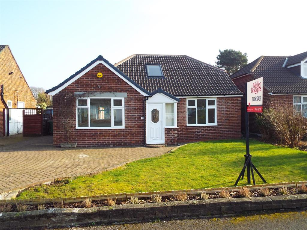 3 Bedrooms Detached Bungalow for sale in Richmond Avenue, Handforth