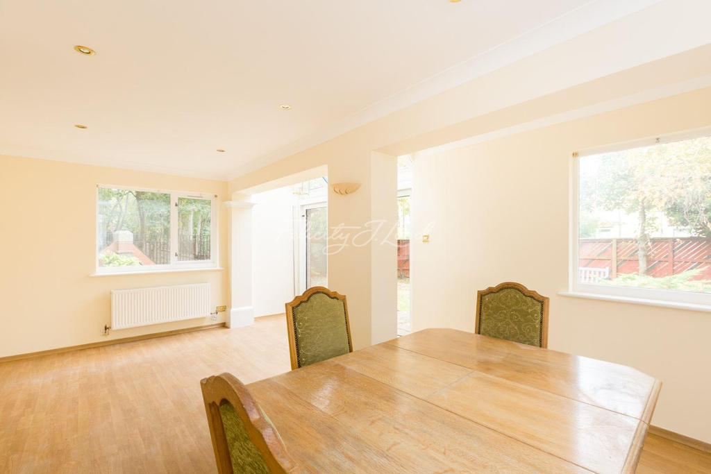 4 Bedrooms Terraced House for sale in Bywater Place, Surrey Quays, SE16