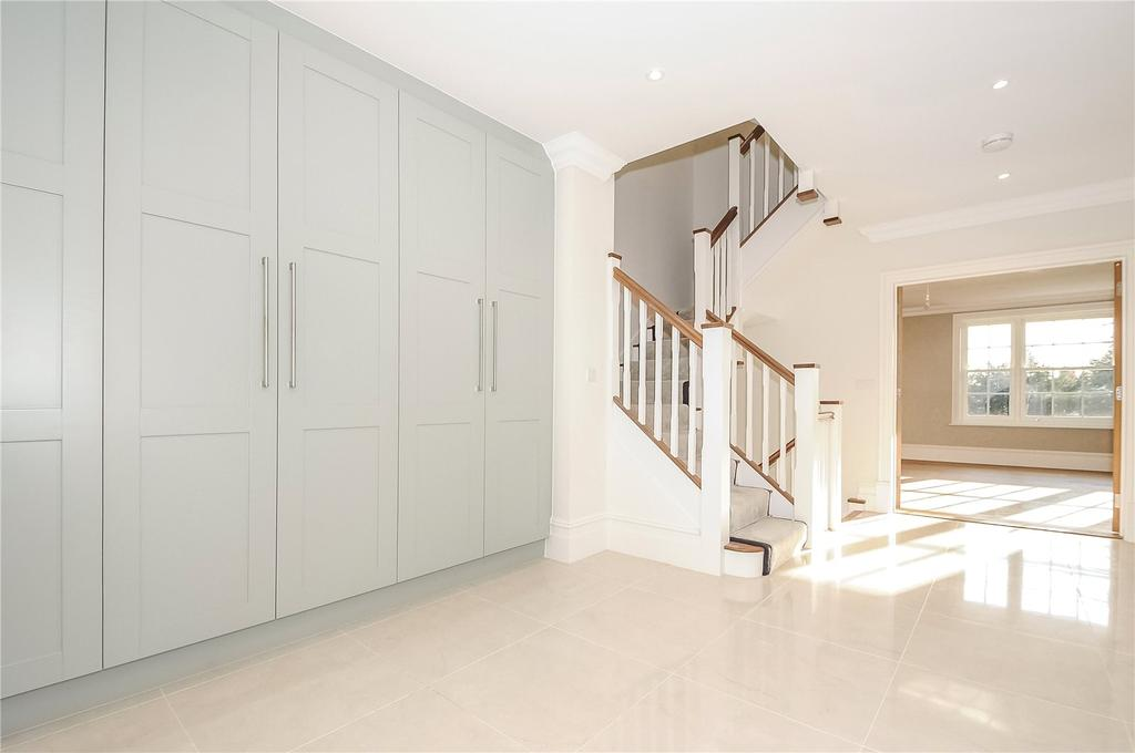5 Bedrooms Semi Detached House for sale in The Holt, Sleepers Hill, Winchester, Hampshire, SO22