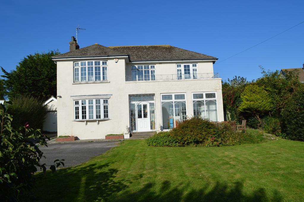4 Bedrooms Detached House for sale in Boverton Road, Llantwit Major, CF61