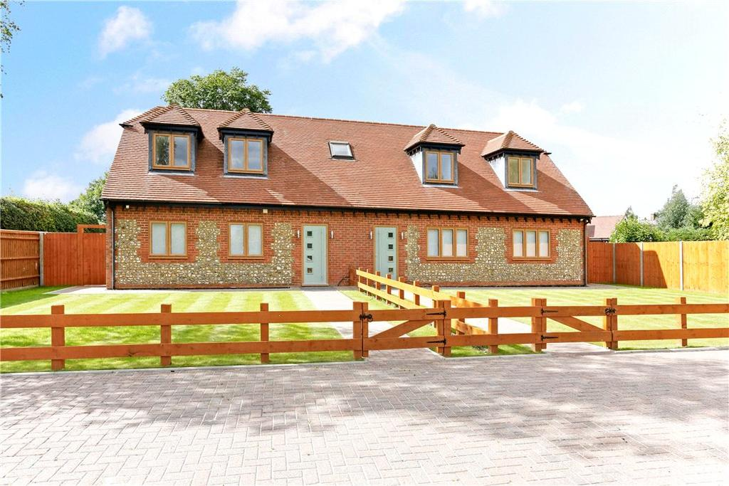 3 Bedrooms Semi Detached House for sale in Balllinger Road, Lee Common, Great Missenden, HP16