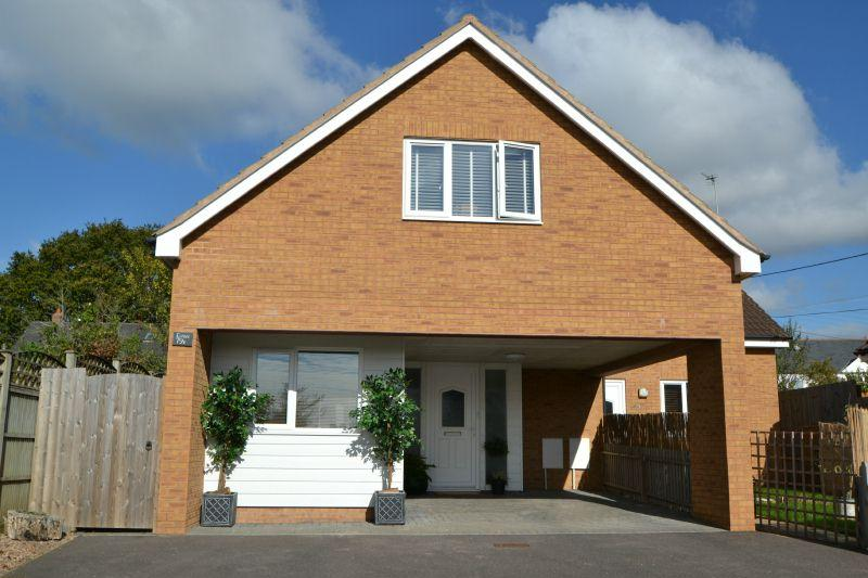 3 Bedrooms Semi Detached House for sale in ST JOHNS ROAD, EXMOUTH, NR EXETER, DEVON