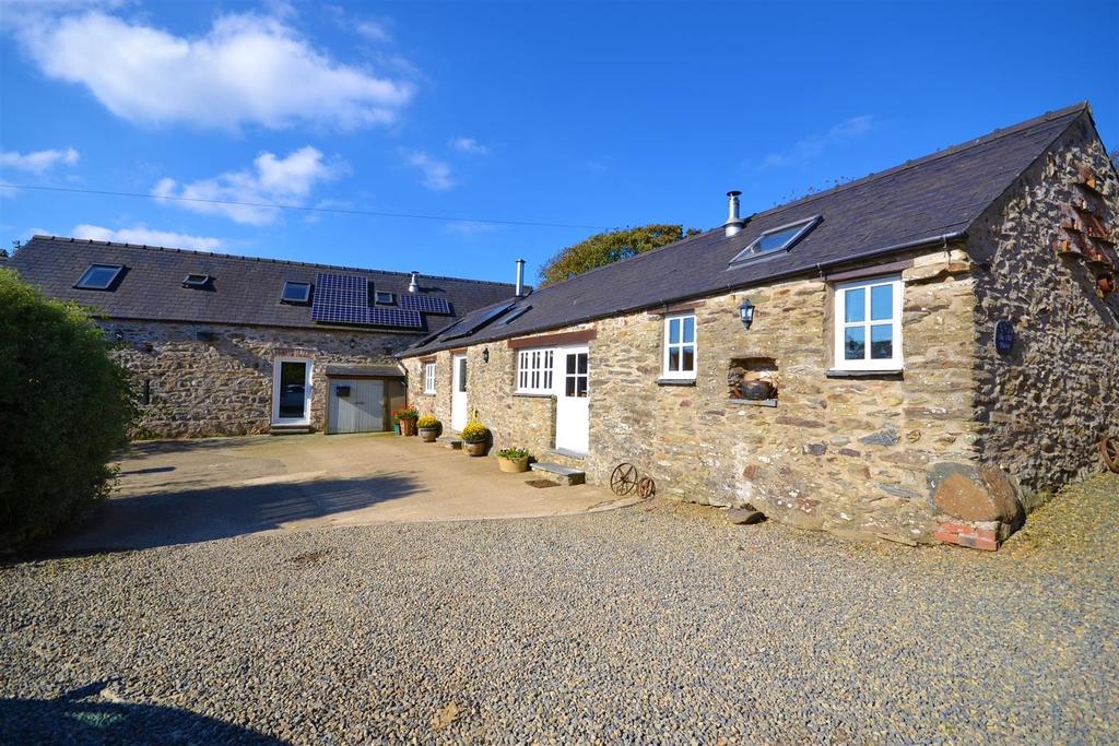 5 Bedrooms Barn Conversion Character Property for sale in Mathry, Haverfordwest