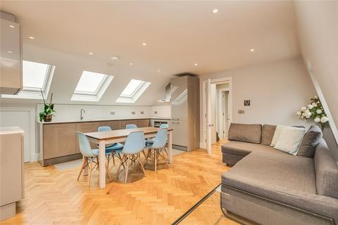 2 bedroom flat to rent - Margravine Gardens, Barons Court, London