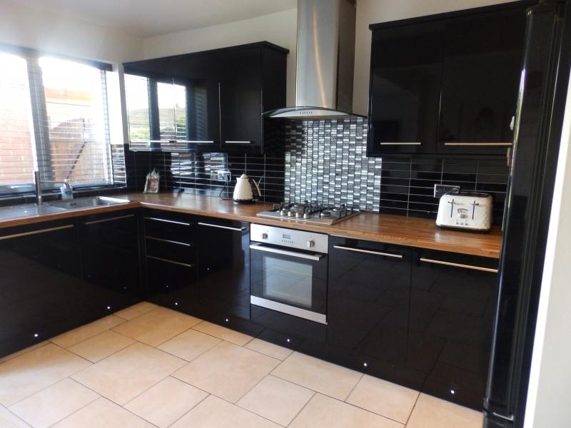3 Bedrooms Detached House for sale in Beechwood Avenue, Fulwood, Preston, PR2