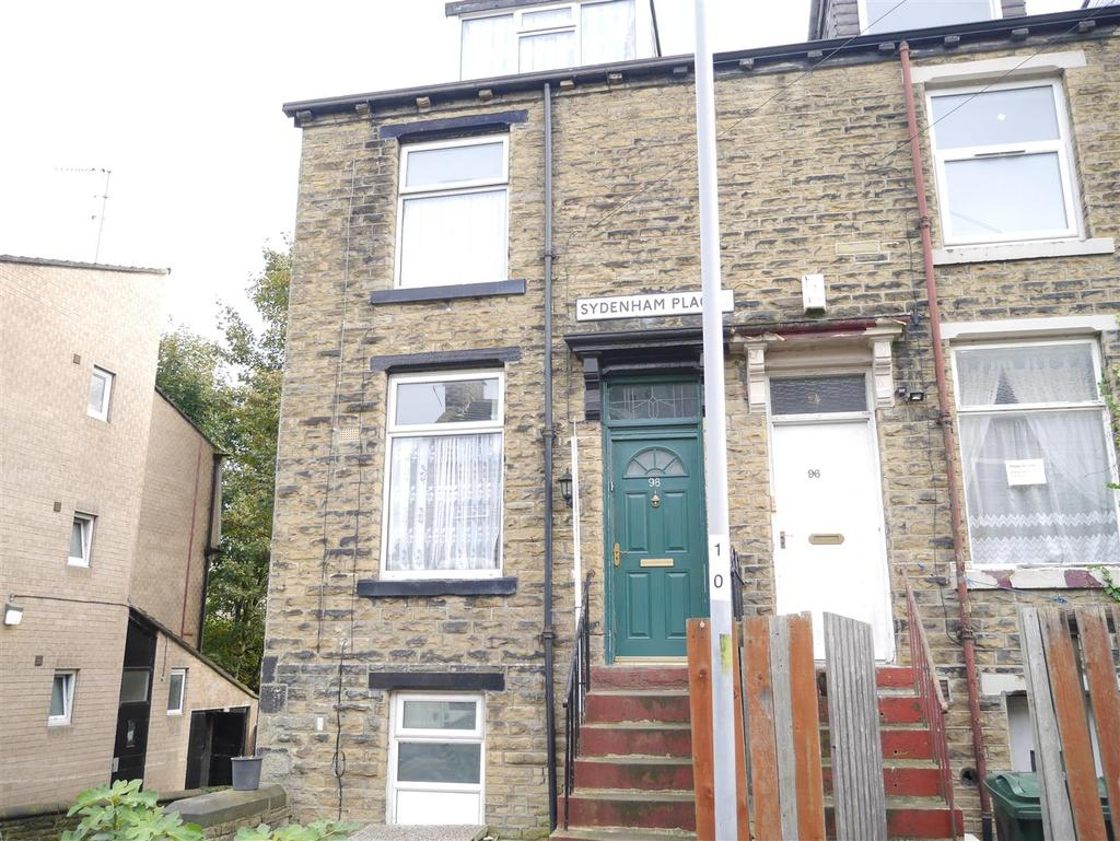 4 Bedrooms Terraced House for sale in Sydenham Place, Undercliffe, Bradford, BD3 0LA