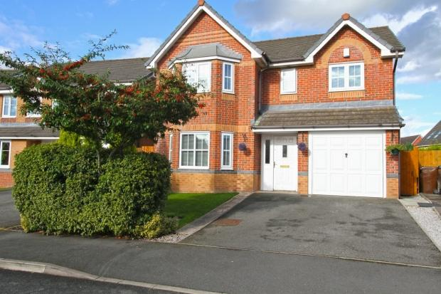 4 Bedrooms Detached House for sale in Jennings Park Avenue Abram Wigan