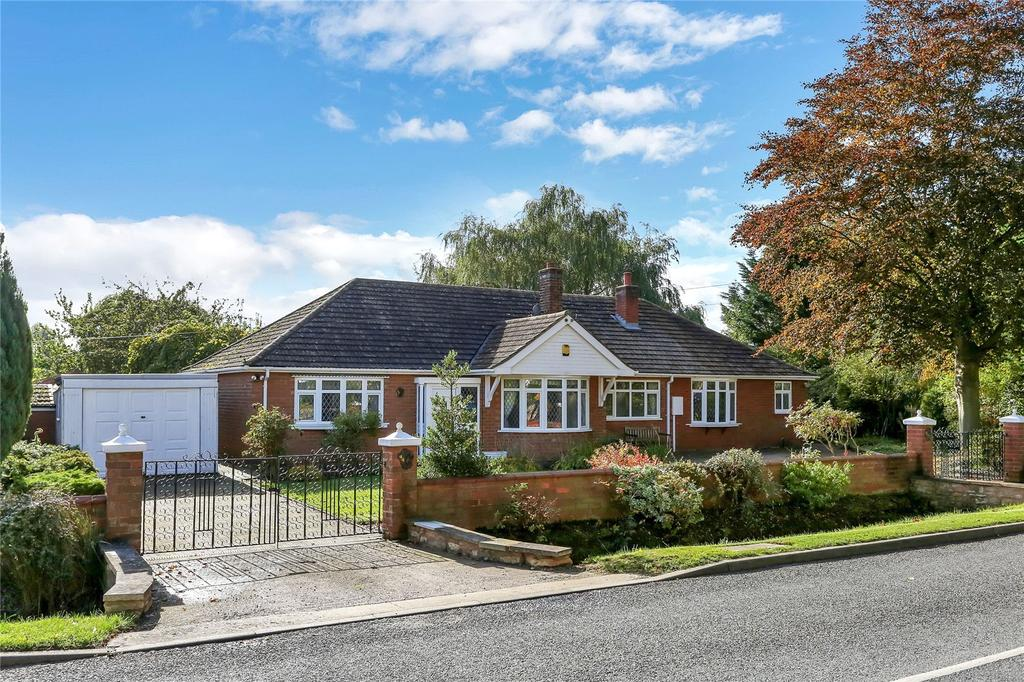 4 Bedrooms Detached Bungalow for sale in Main Street, Scopwick, Lincoln