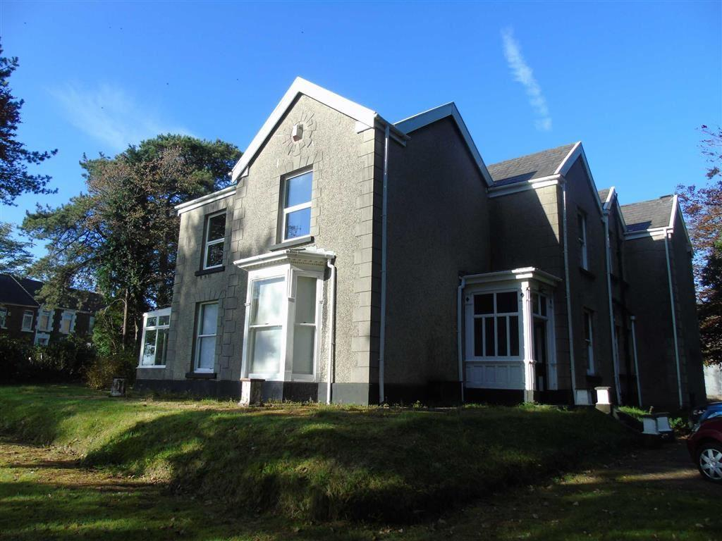 5 Bedrooms Detached House for sale in Llanllienwen Road, Morriston, Swansea