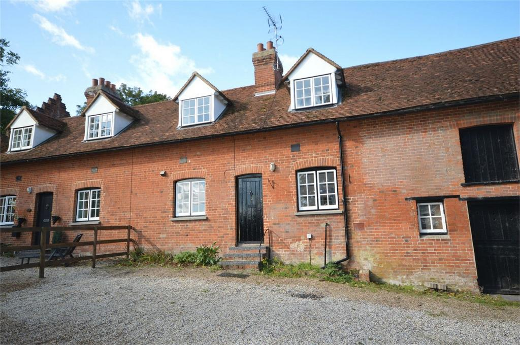 2 Bedrooms Cottage House for sale in 2 Newton Hall Cottages, Great Dunmow