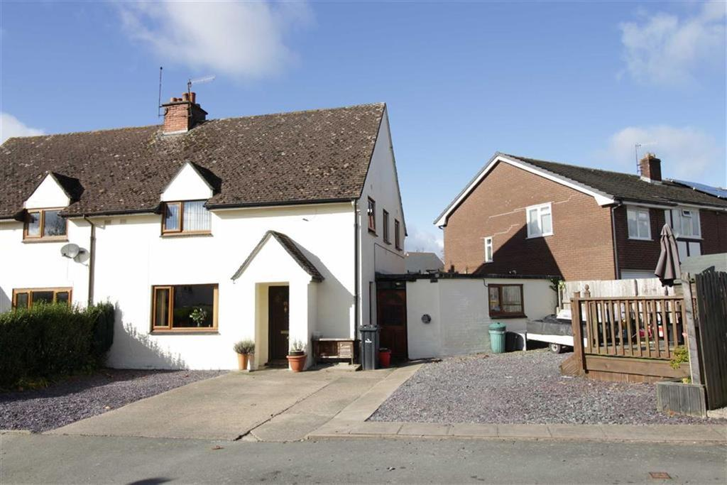3 Bedrooms Semi Detached House for sale in 25, Maesgarmon, Castle Caereinion, Welshpool, Powys, SY21