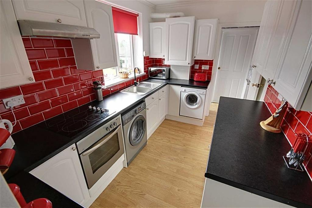 3 Bedrooms Flat for sale in Frobisher Street, Hebburn, Tyne And Wear