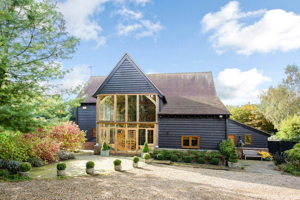 5 Bedrooms Detached House for sale in Oxford Road, Woodcote, Reading, Oxfordshire, RG8