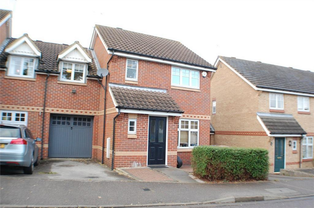 3 Bedrooms Link Detached House for sale in Great Innings North, Watton at Stone, Hertfordshire