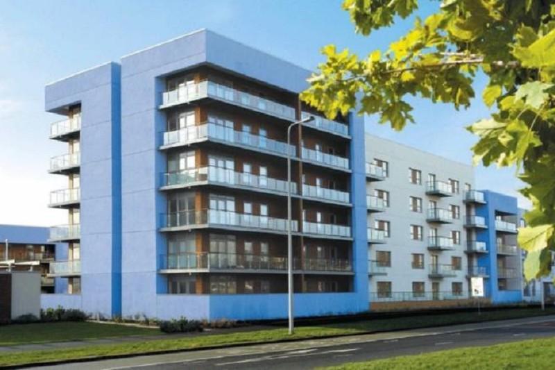 2 Bedrooms Flat for sale in Mariners Court, Lambert Road, Swansea, West Glamorgan.