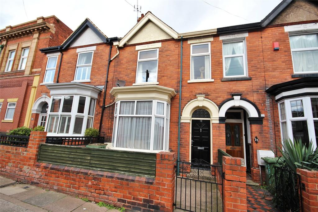 4 Bedrooms Terraced House for sale in Oxford Street, Cleethorpes, DN35