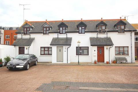 2 bedroom mews to rent - Coach House Mews, Gratwick Road, Worthing