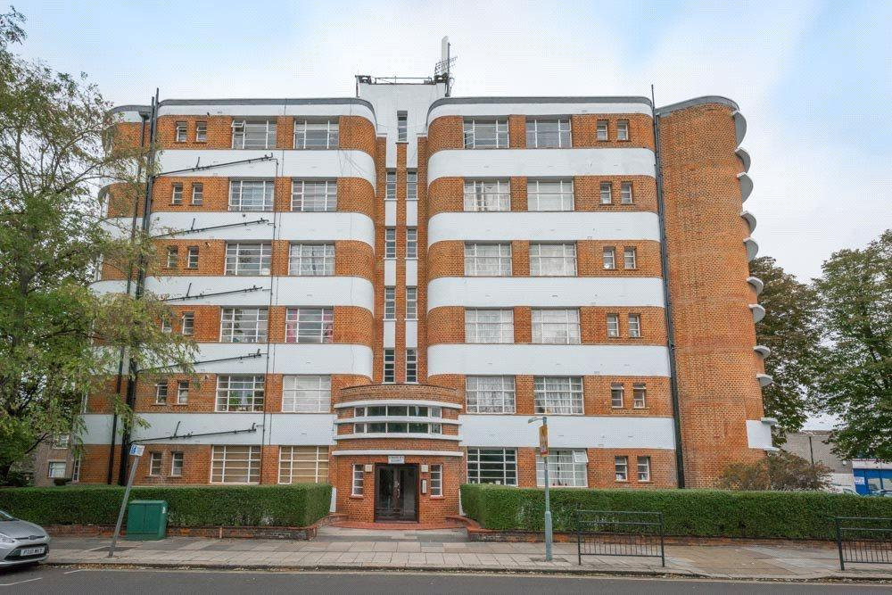 2 Bedrooms Flat for sale in Kingsley Court, Park Avenue, London, NW2