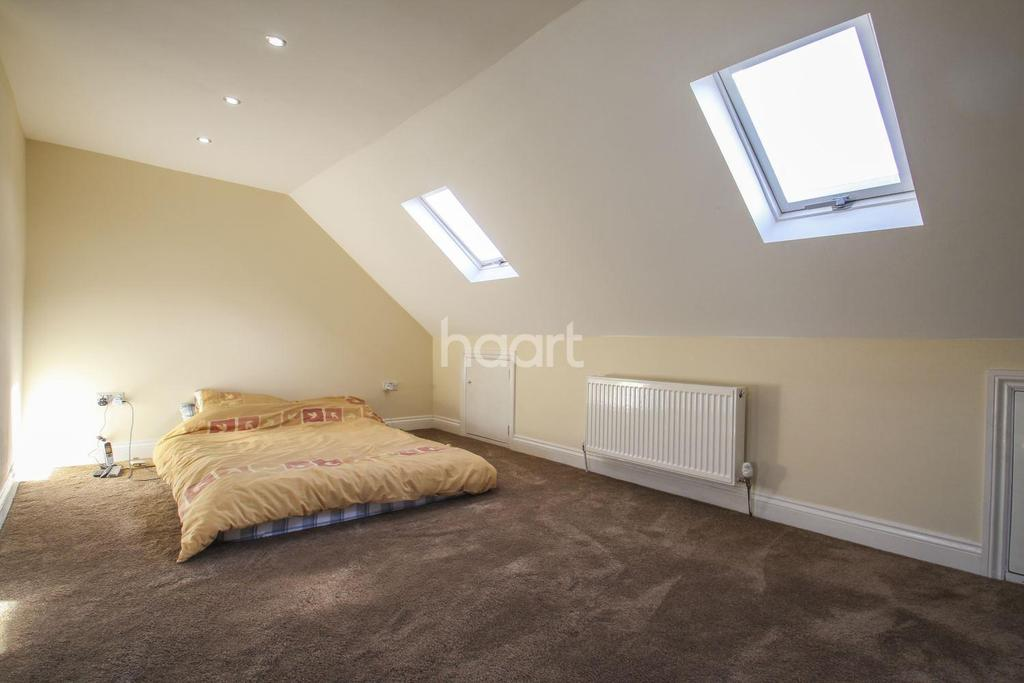 Bed Homes For Sale In Tooting