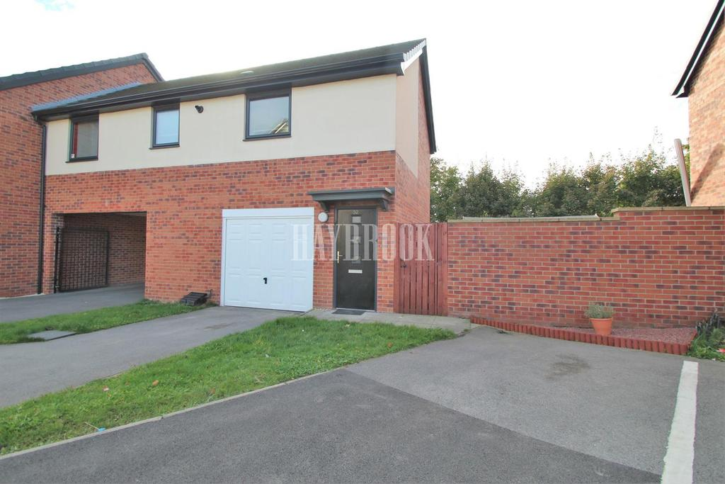 2 Bedrooms Semi Detached House for sale in Oak Road, Thurnscoe